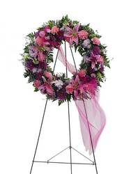 DFS242 Standing Wreath