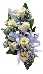 P1-6 White Sweetheart Rose Corsage