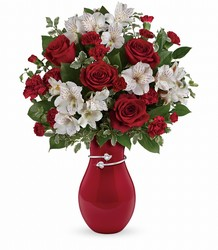 V100A Teleflora's Pair Of Hearts Bouquet