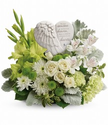 T278-4A Hearts In Heaven Bouquet